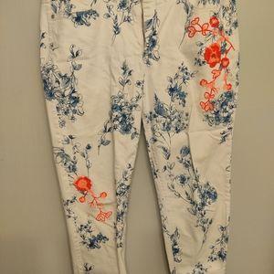 Code Bleu 'Gracie' White Jean Capris with Orange and Blue Floral Pattern Sz 14